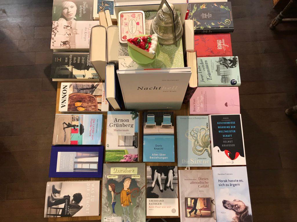 Liebe, Triebe, Hiebe – Der Wonnemonat Mai bei Planet Buch