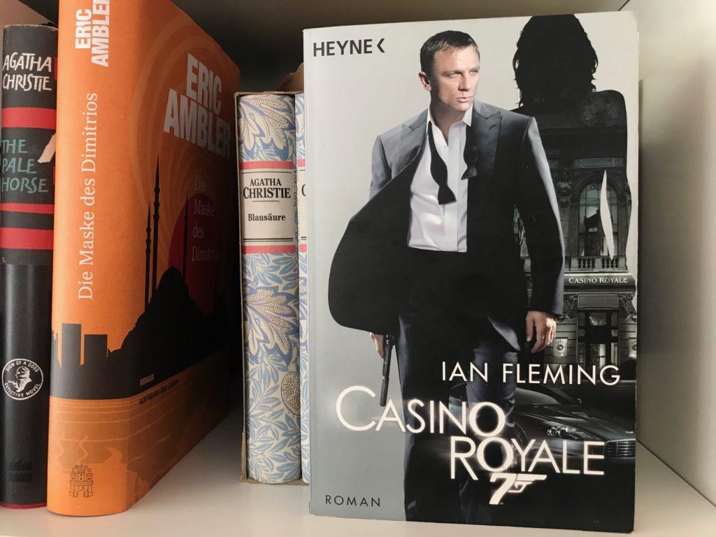 """Im C…-Hausarrest: Wollten wir schon seit langem lesen, Teil 3 – """"Casino Royale"""""""